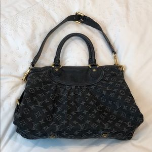 Louis Vuitton Neo Caby MM Tote